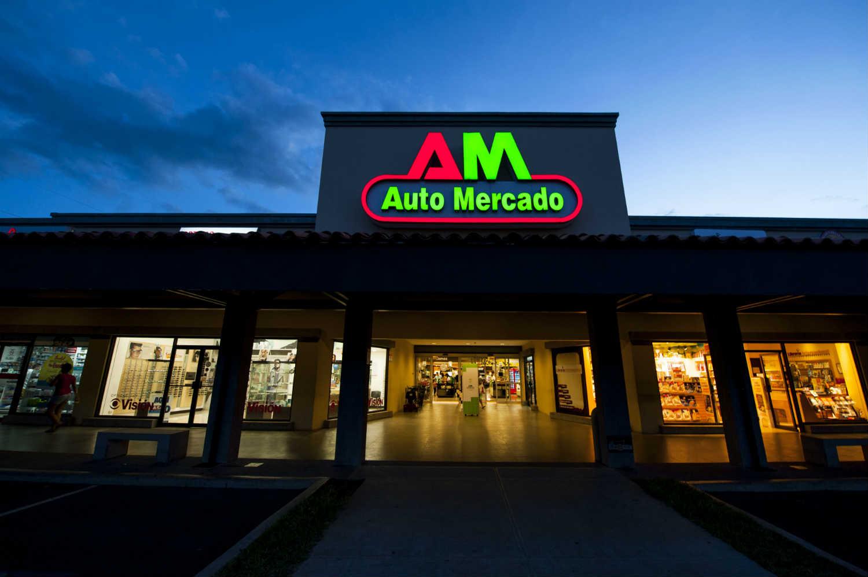 Auto Mercado Reyes